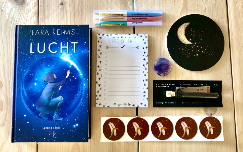 Review: So Many Pages maart box